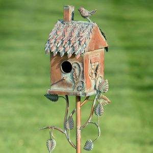 Country Style Iron Birdhouse Stake Chimney House