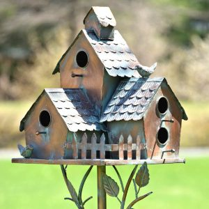 "Country Style Iron Birdhouse Stake ""New Britain"""