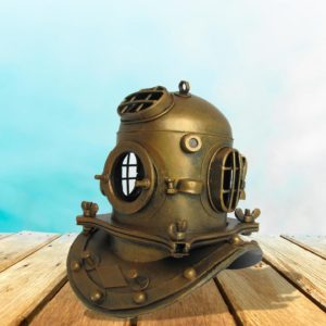 Metal Diver's Helmet Decoration