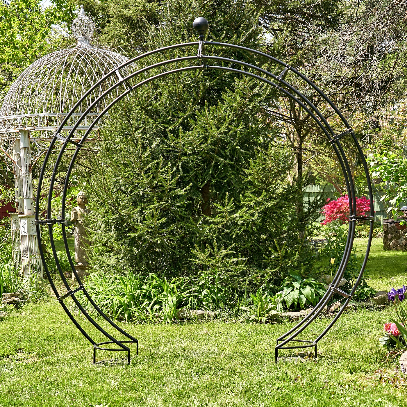 Iron Moon Gate with Plant Stands in Antique Black